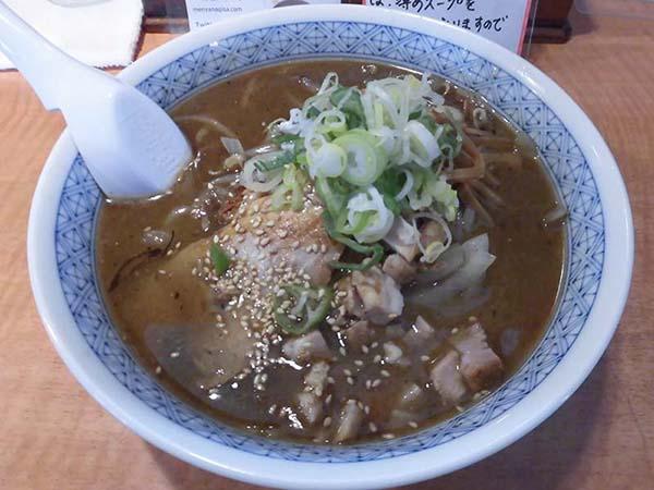 麺屋 凪冴